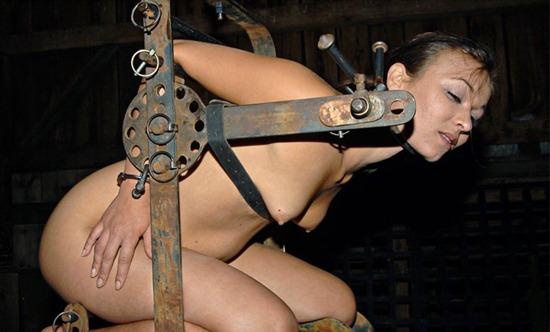 infernal-restraints-crissy-gets-punished