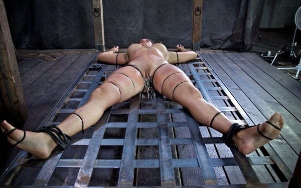infernal-restraints-big-titted-babe-punished