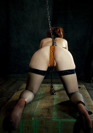infernal-restraints-hazel-hypnotic-chained